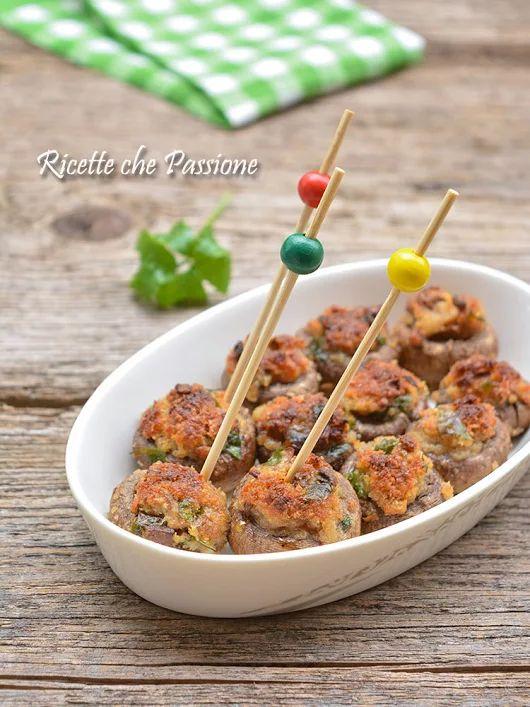Funghi champignon gratinati - Ricette che Passione