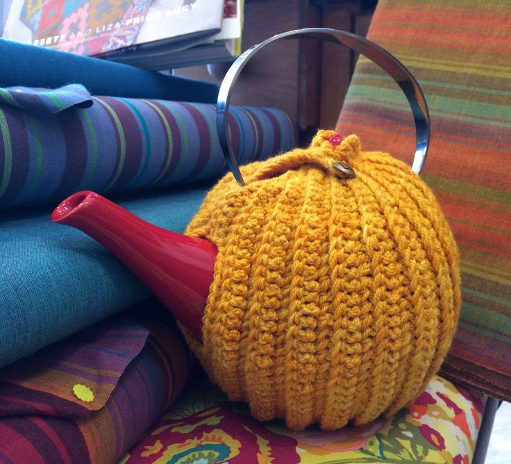 Reversible Brioche Tea Cozy Pattern by Megan Mills Hand Crocheted by Mindy Abodeely Twill Fabric & Yarn Nashua, NH www.twillnh.com