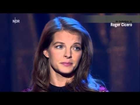 Roger Cicero u Yvonne Catterfeld Duett Somthing Stupid - YouTube