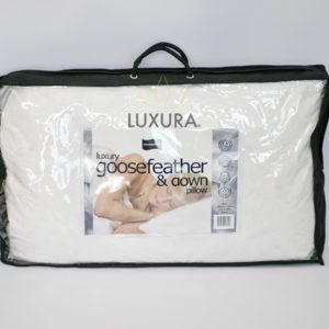 """https://www.luxurauk.com/products/anti-allergy-pillows/  This pair of Luxura anti allergy pillows have a 100% super bounce polyester filling with a 100% microfibre polyester cover. Luxura hypoallergenic pillows have a soft to medium firmness rating, and an approximate size of 46cm x 72cm (18"""" x 28"""".) Anti Allergy Pillows Information Rhinitis, eczema and asthma are all caused by the dust …"""