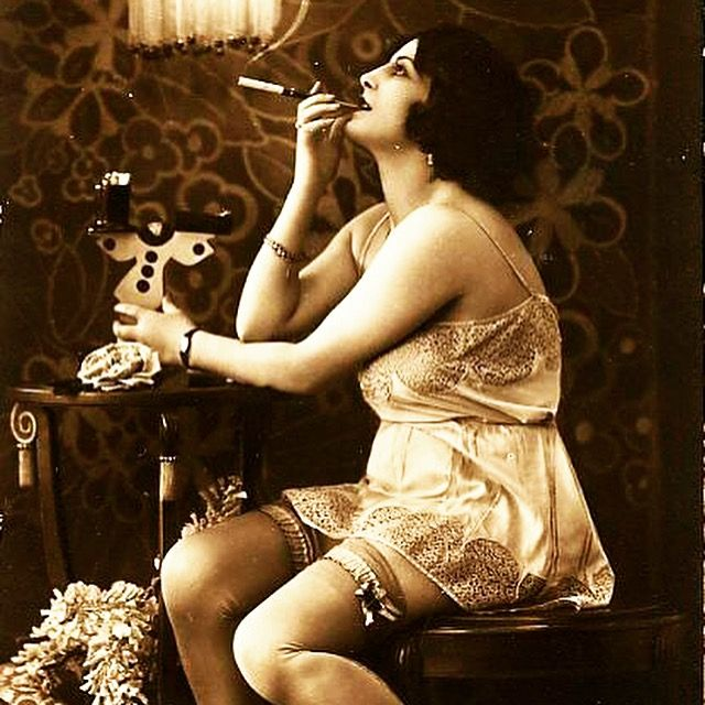 What could be more perfect than this? A beautiful chemise on a stunning woman from the 1920's. The era that started my inspiration. Cheers to elegance, glamour, the untamed woman and the true embrace of femininity. #vintagelove #daggersanddames #chemise #vintagelingerie #1920s  #glamour