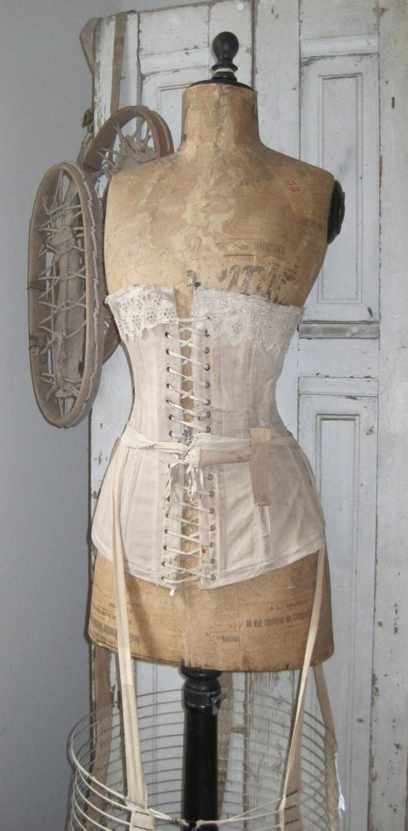paspop en corset