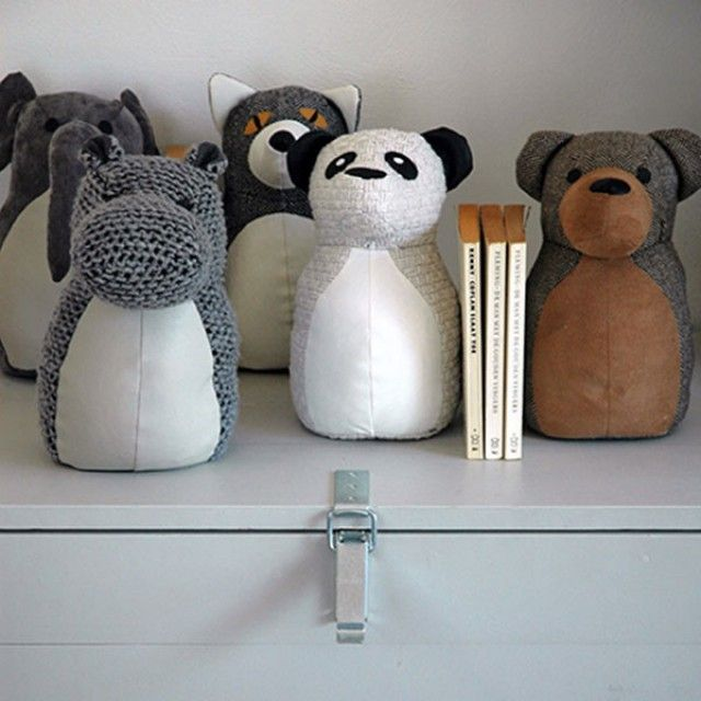 The Zoo Rocky Family Door stop and bookend.