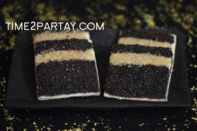 Time to Partay!: Hajj Mubarak!- #Hajj #Kaaba #Black #gold #decorations #eid #frame #cookies