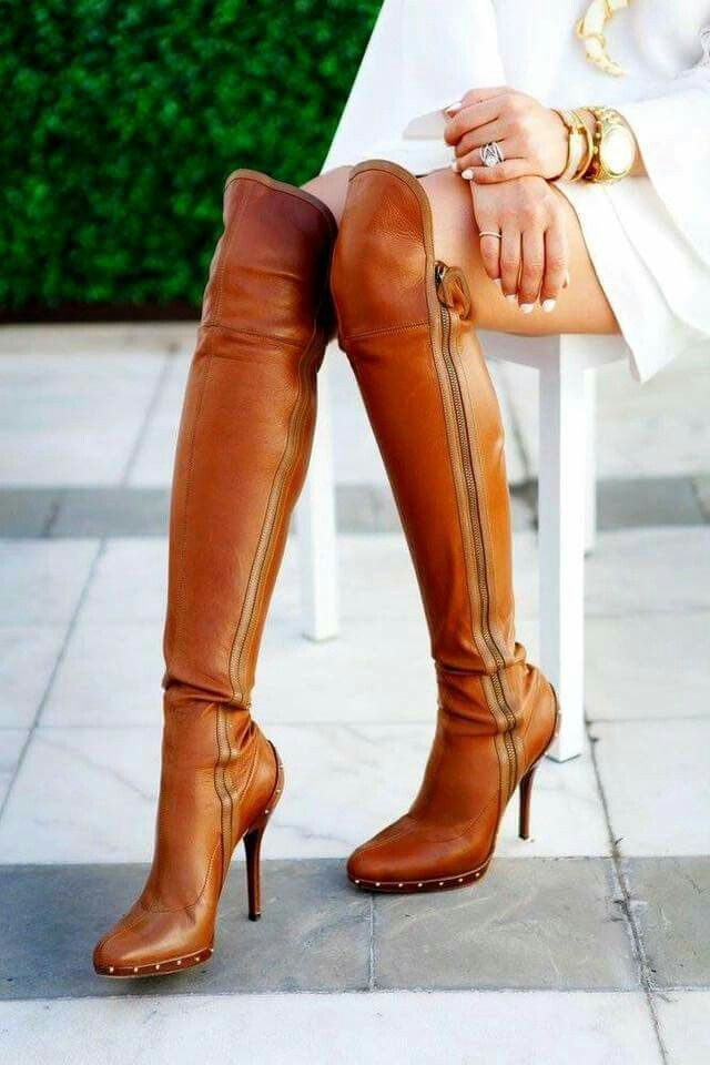 Camel brown leather knee high boots ; fall; winter ❄️; sexy; fashion