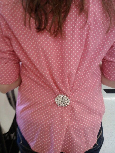Too large button up = make more fitted with a cute pin! Got the shirt for $1 at a yardsale, pin from Charming Charlie for $7