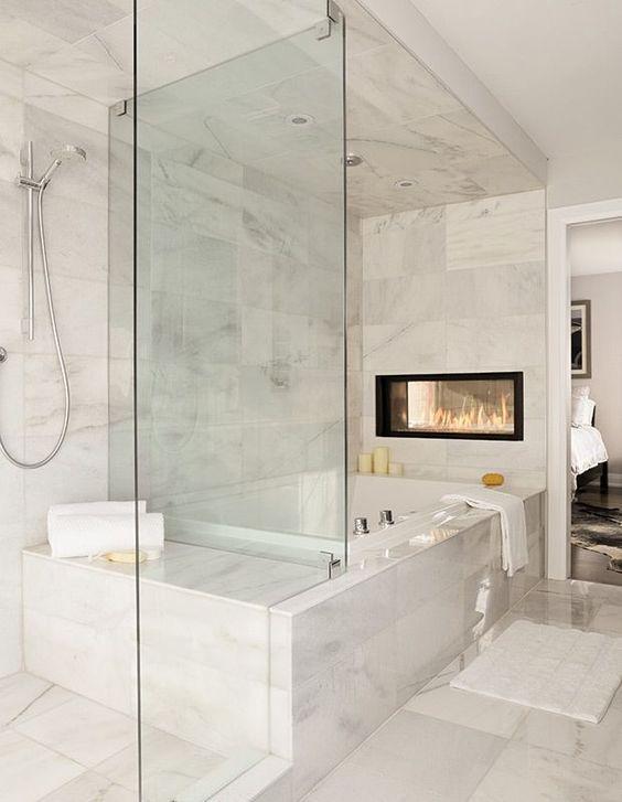 Die Badezimmer Wand In Marmor Und Jacuzzi Probe Badezimmer Ideen