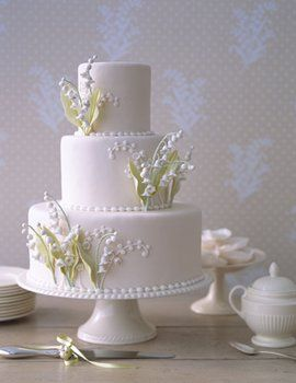 Lily of the Valley Cake. From Martha Stewart Weddings. Reblogged on www.projectwedding.com.