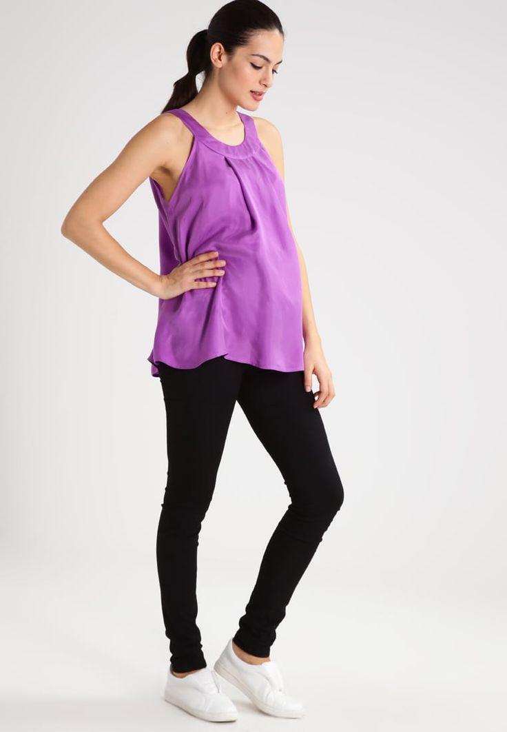 ¡Cómpralo ya!. Slacks & Co. PIPPA Blusa purple. Slacks & Co. PIPPA Blusa purple Ofertas     Material exterior: 100% cupro   Ofertas ¡Haz tu pedido   y disfruta de gastos de enví-o gratuitos! , blusas, blusa, blusón, blusones, blouses, blouse, smock, blouson, peasanttop, blusen, blusas, chemisiers, bluse. Blusas  de mujer color púrpura de Slacks & Co..