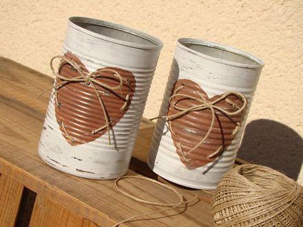 """Ce contenant est en fait une boîte de conserve recyclée. Avec sa décoration """"nature cocooning"""" vous pourrez l'exposer partout dans votre maison...ou en faire un photophore...  - 17929329"""