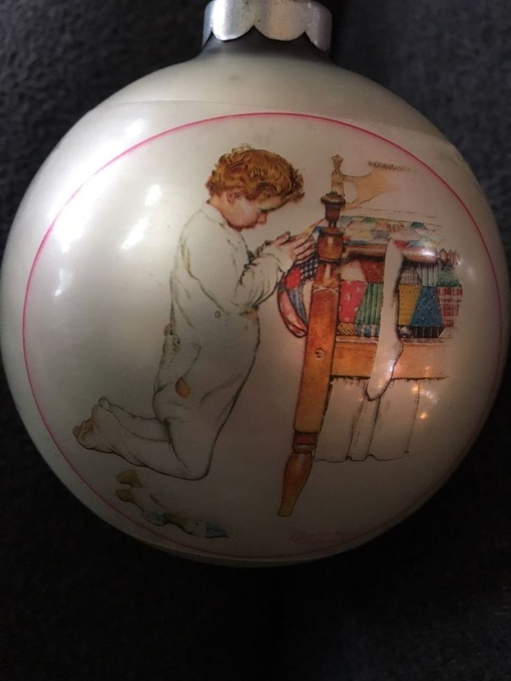 HALLMARK TREE TRIMMER COLLECTION NORMAN ROCKWELL 1975 CHRISTMAS ORNAMENT, Pray