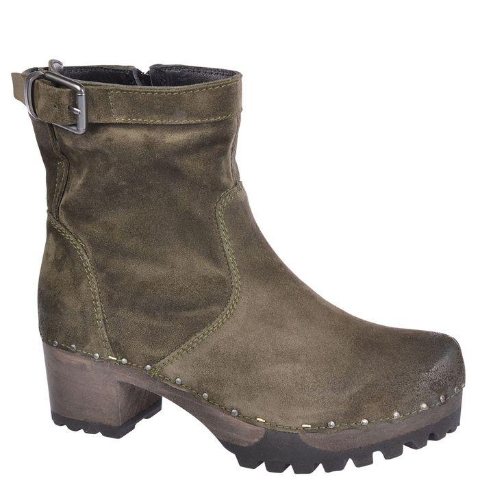 SOFTCLOX Ines Bailey oliv #softclox #fall #fallfavorites #fallshoes #munich #muc #veloursleather #woddensole #oliv