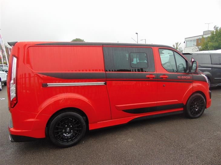Used 2017 Ford Transit Custom 290 M Sport Double Cab Tdci In Race Red With 6 Seats And Black Alloys For Bedfordshire From Dunle Vans