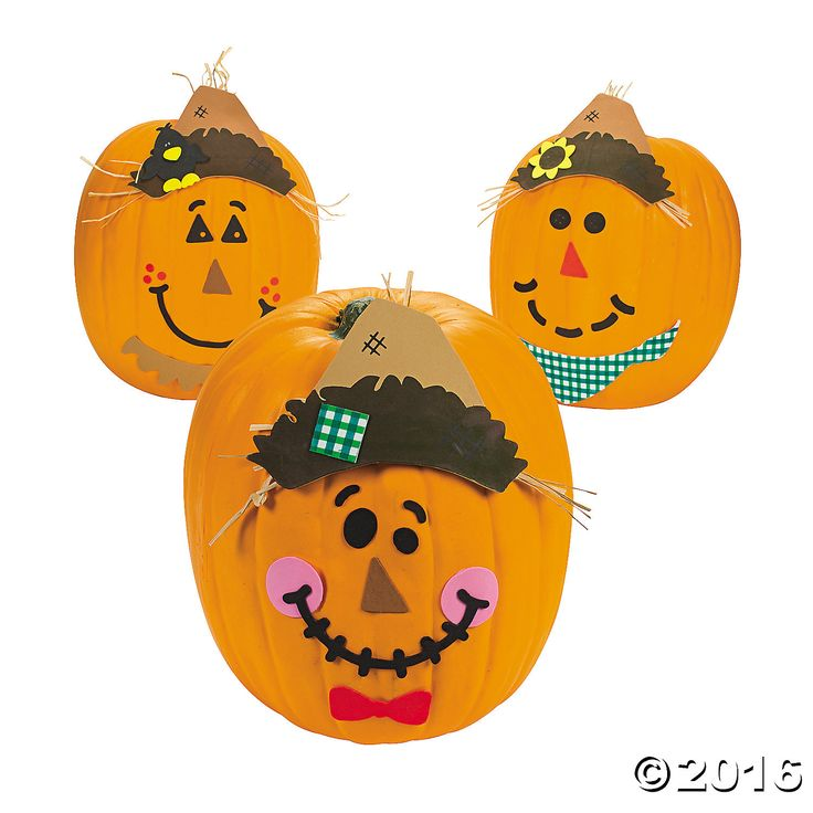 Looking for fall crafts for kids? This Scarecrow Pumpkin Decorating Craft Kit is * ad | affiliate link