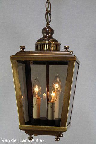 Vierkante lantaarn 21571 Bekijk ook onze antieke kroonluchters op www.lansantiek.com!