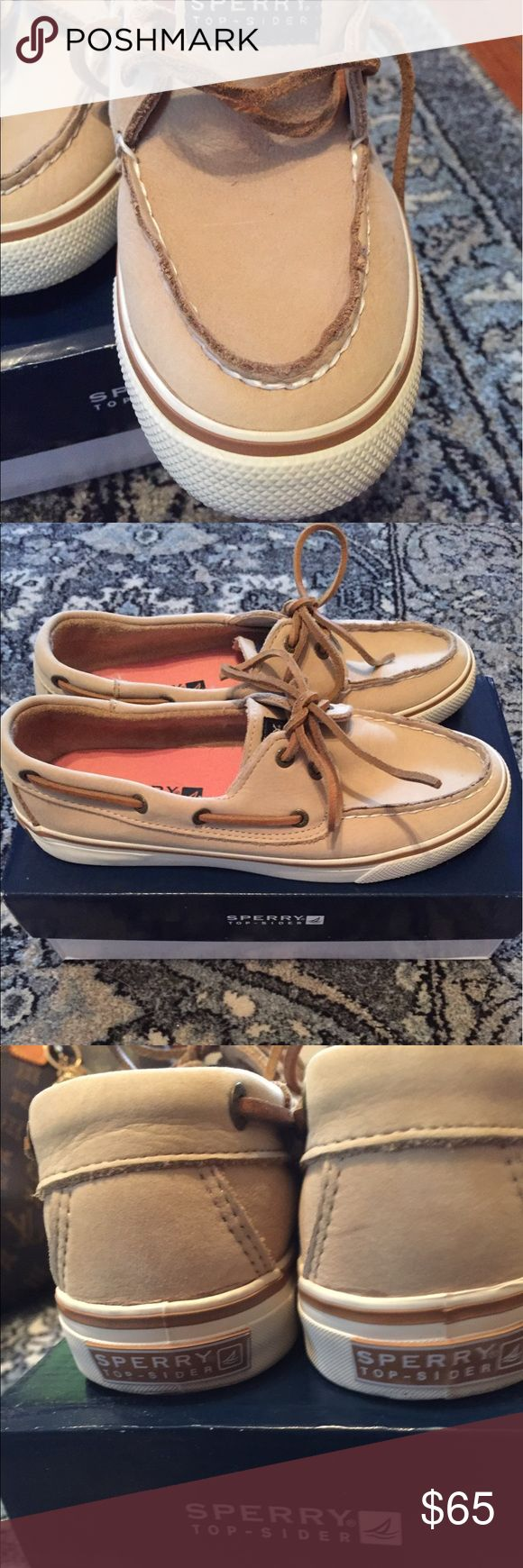 Women's Boat Shoes Sperry Top-siders  original series.  New,  did put them on while getting ready to go boating.  I decided to wear another pair at the last minute.  Sperry Top-Sider Shoes Athletic Shoes