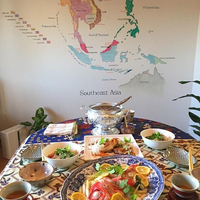 ゆぅさんのエステサロンに義母と来ています✨ 今日のお料理レッスンは… *プラーヌン マナーオ (お魚のレモン蒸し) *クイティアオ (つみれ入りライスヌードルのスープ) です。 今日はなんと金目鯛 美味しかった!  このあとは、かっさエステで至福のひととき……✨✨ - 95件のもぐもぐ - 美味しいご馳走とエステ✨ by メイスイ