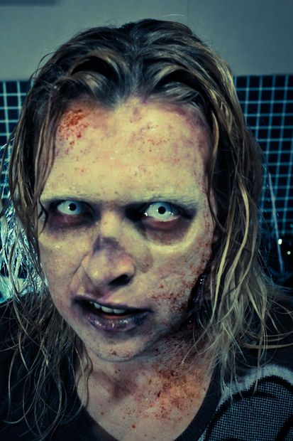 Walking Dead Style Zombie Make-up How To | Halloween ...