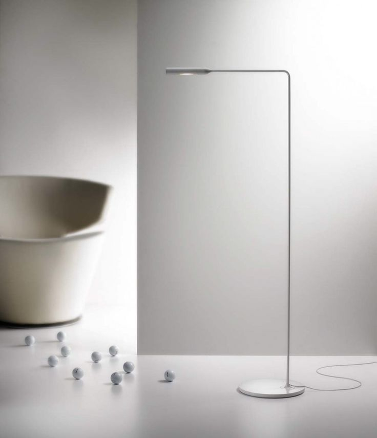Flo is the result of the first collaboration between Lumina and Foster+Partners: its design is minimalist and timeless, with fine and precise detailing integrated in a streamlined form. #Flo by #Lumina