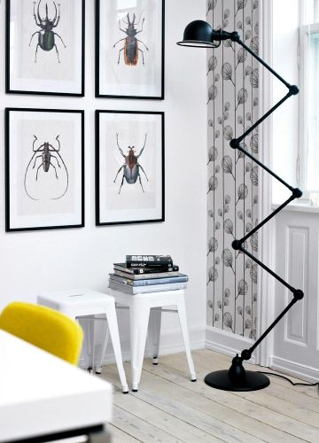 Yellow + lamp. Photo from Bolig Magasinet. It's just important to keep in mind that it can't be extended in any direction because it falls over. Very cool though.