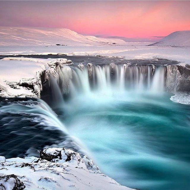 INCREDIBLE SHOT! - Reposting @theworldycom: 📍 Godafoss Waterfall, Iceland 🇮🇸 ♥️ Follow @theworldycom for more! ♥️ • Pictured by: @iuriebelegurschi ✨ #theworldy #iceland #waterfall #godafoss #nature #wanderer #wanderlust #ilovetravel #writetotravel #traveldeeper #igtravel #travelstoke #traveling #trip #traveltheworld #getaway #travelblog #instago #tavelpics #tourist #travelphoto #travelingram #aroundtheworld #solotravel #worldplaces #traveller