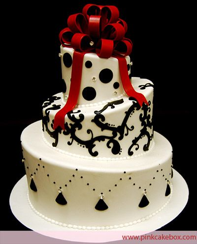 black and white chandelier party decorations | Anne Heap Winter Themed Wedding Cakes All Wedding Cakes Baked in