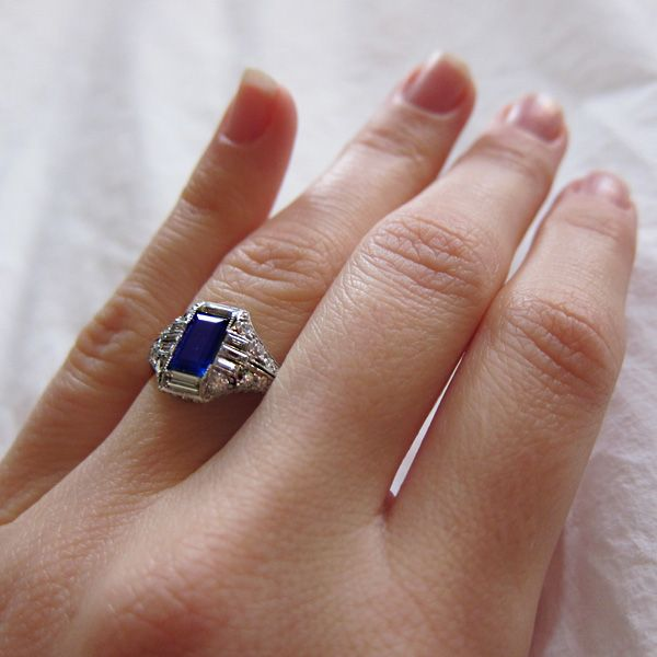 1000 ideas about vintage sapphire engagement rings on. Black Bedroom Furniture Sets. Home Design Ideas