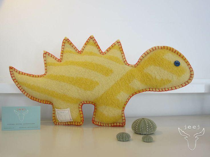 dinosaurus € 15,00 (excl verzendkosten) 25 x 45 cm