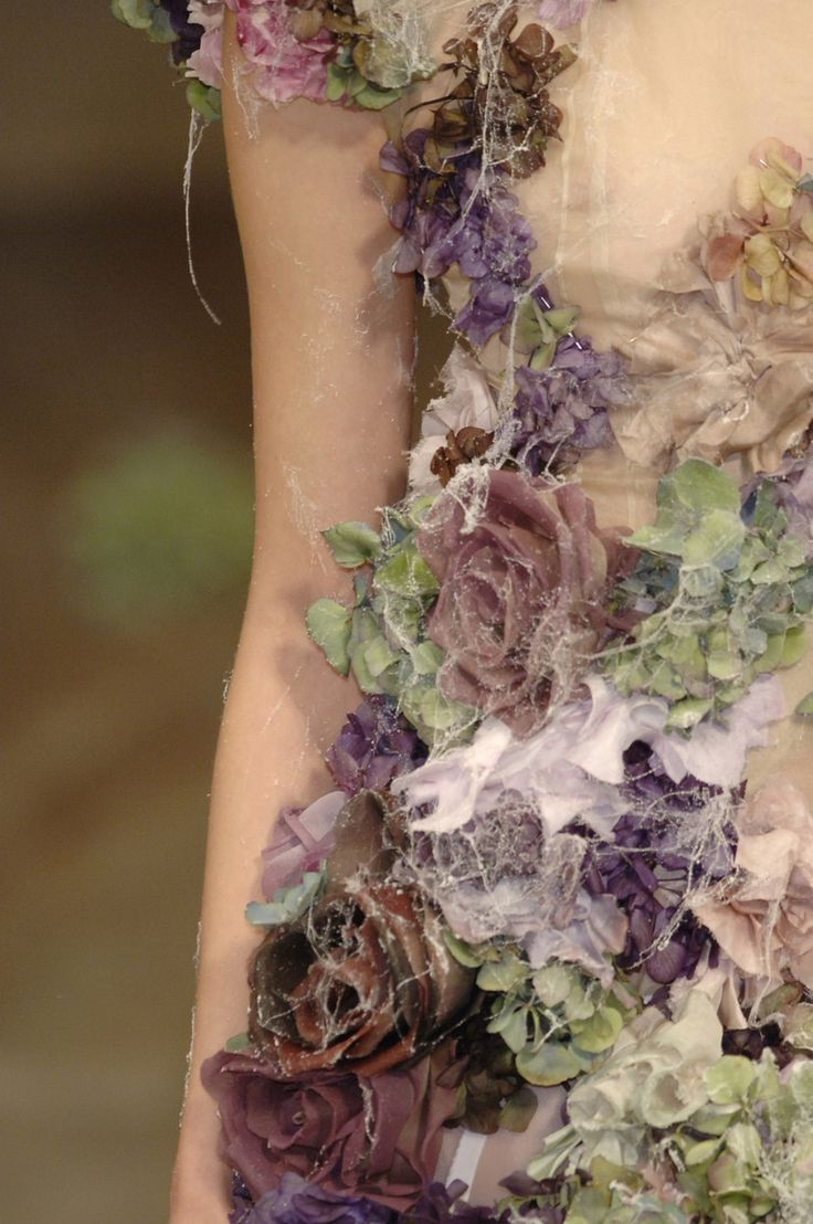 Alexander McQueen. The King of Floral Couture - for more click here http://hendycurzon.co.uk/node/777 More