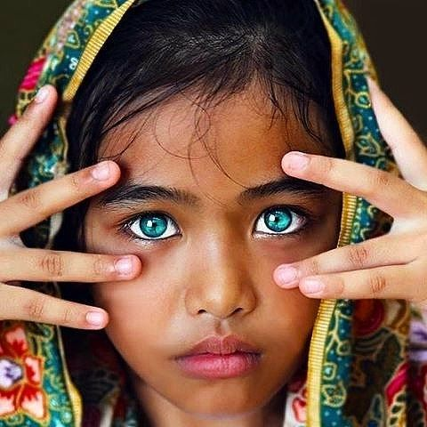 Amazing portrait of a little girl in India . Edit by @my.utopia 📷@portraitsfromtheworld . . . . . . #portrait #face #indian #india #indiangirl #littlegirl #kid #blue #eyes #blueeyes #beautyideaz #beauty #beautiful #amazing #color #myutopia #dope #pretty #cute #girl #posing #east #pakistan