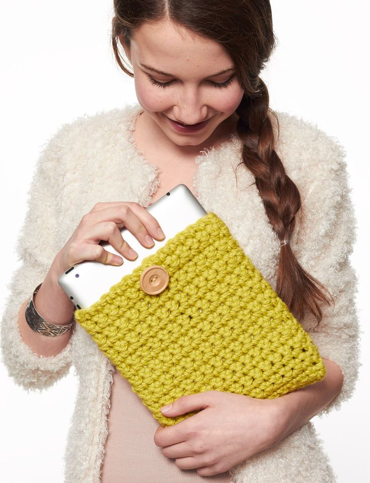 crocheted ipad cover