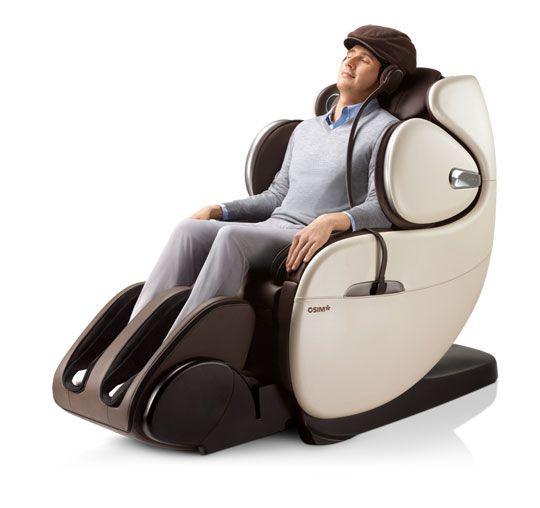 uInfinity Luxe - a luxurious massage chair
