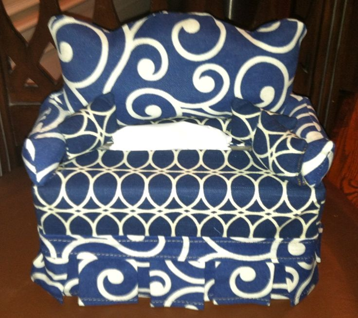Swirl & Circles Tissue Box Couch