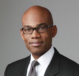 Meet Dr. Julius Few: Chicagoland Plastic Surgeon
