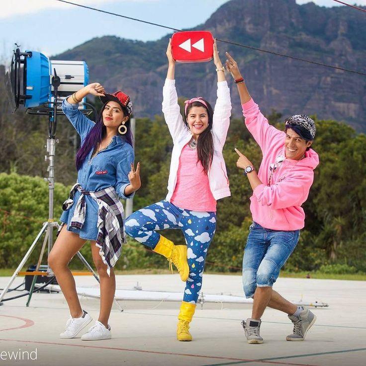 Polinesios haciendo Youtube rewind