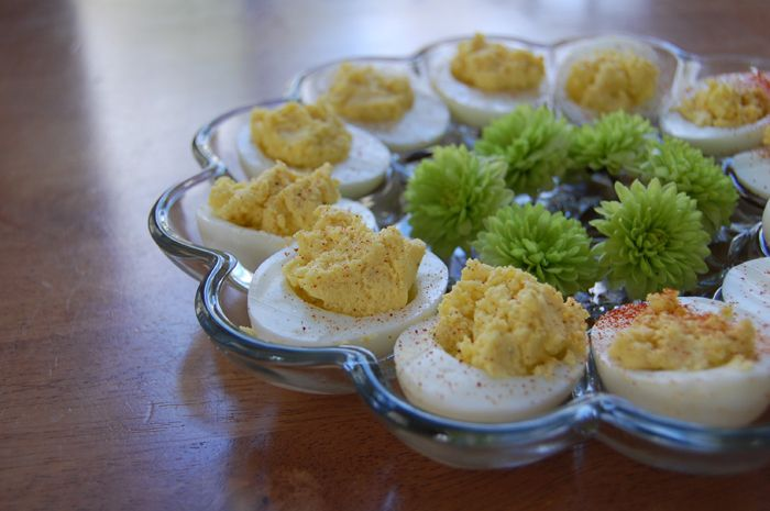 Simple Deviled Eggs: I like to use high quality or homemade mayo when I use it - and I don't always have that on hand. These easy deviled eggs don't require the use of mayo and are made with simple, basic ingredients. They are delish too! -- The Nourishing Gourmet