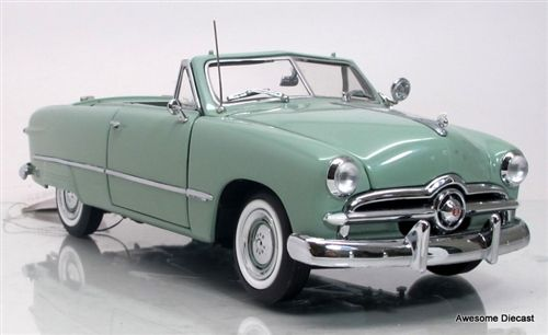 Awesome Diecast - Franklin Mint 1:24 1949 Ford Convertible (Pea Green),  €105.69 (http://www.awesomediecast.com/franklin-mint-1-24-1949-ford-convertible-pea-green/)