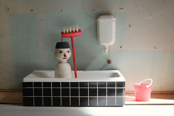 Mr. Snowman is taking a bath Sabine Timm