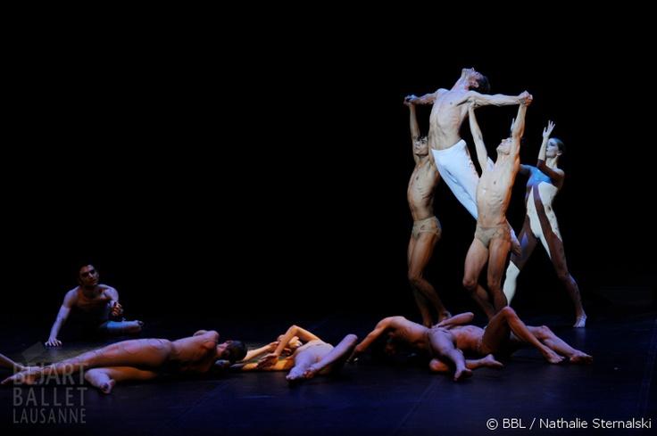 Das Béjart Ballet Lausanne von Gründer Maurice Béjart gastiert wieder in Zürich! Vom 03.10.2013 bis 06.10.2013 im Theater 11 Zürich. Hol dir jetzt dein Ticket: http://www.ticketcorner.ch/bejart-ballet-lausanne