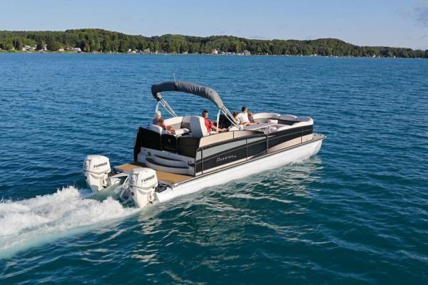 20 Best Pontoon Boats   Boating Magazine