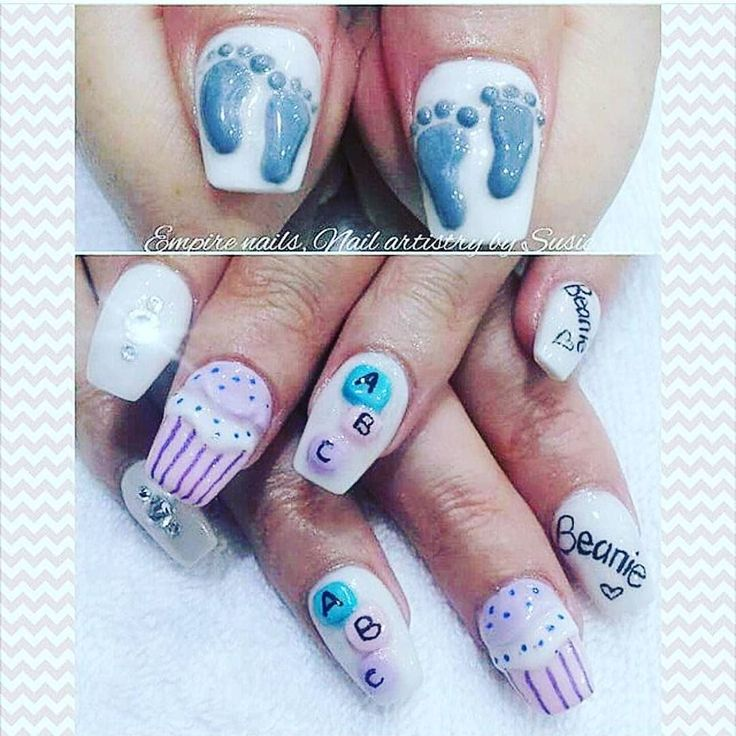 : @empirenailsandbeauty. Gjennomført! #babytheme #nails #naildesign #negler #kunst #babyfot #fest #inspiration #allin #detlilleekstra #dinbabyshower #nettbutikk #babyshower #dåp #navnefest #fødsel #gravid www.dinbabyshower.no