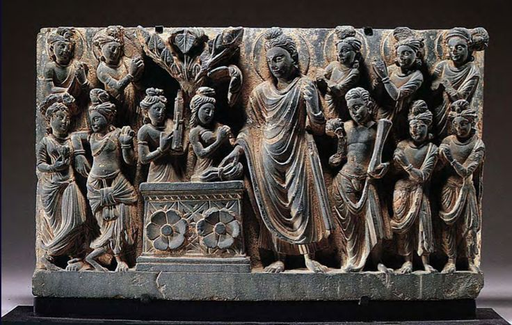 Siddhartha approaches the tree