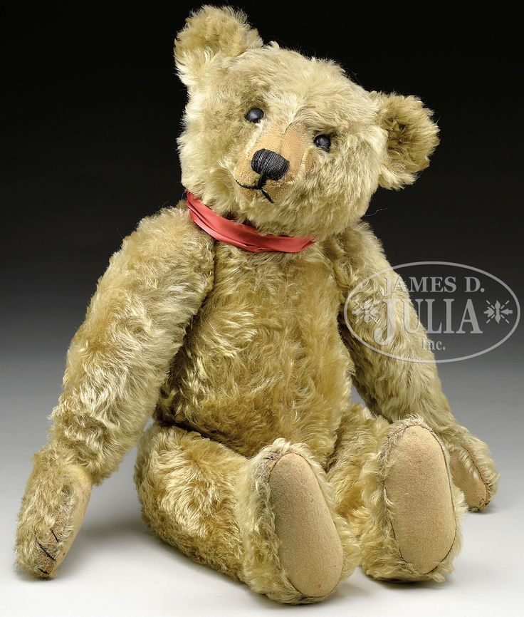 CLASSIC AND ADORABLE EARLY STEIFF CENTER SEAM TEDDY BEAR WITH BUTTON circa 1907