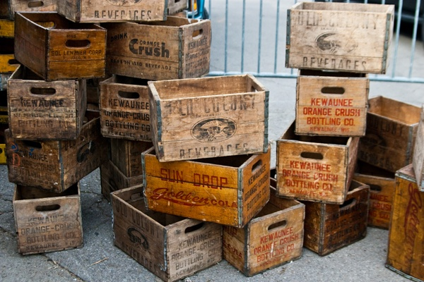 18 best tweedehands vintage images on pinterest for for Where can i find old wine crates
