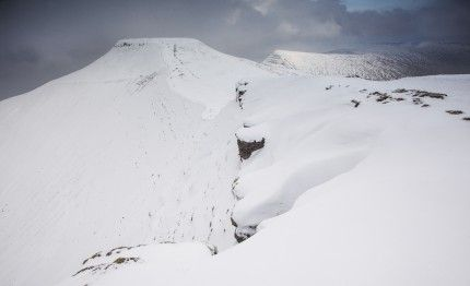 Snow on Pen y Fan, Brecon Beacons