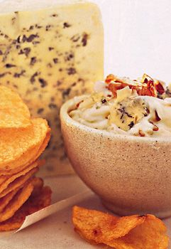 // Blue Cheese and Caramelized Shallot Dip