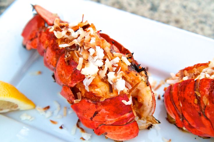 Try my #LaborDay BBQ idea: Thai Inspired Spicy Coconut Grilled #Lobster #Recipe http://www.surfandsunshine.com/thai-inspired-grilled-lobster-recipe/