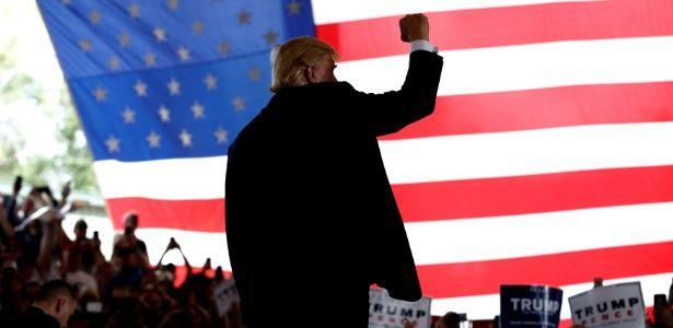 Doadores de Trump pedem dinheiro de volta