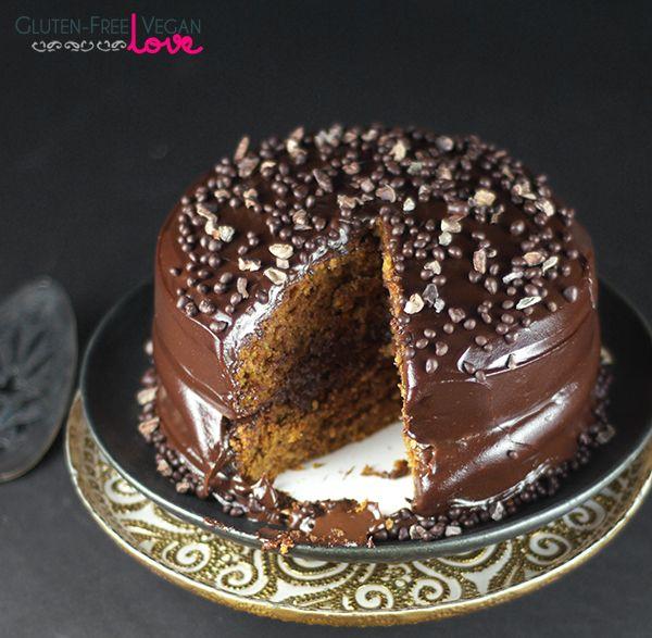Gluten-Free Vegan Sweet Potato Cake with Chocolate Pudding Frosting {Refined Sugar-Free} #glutenfree #grainfree #paleo