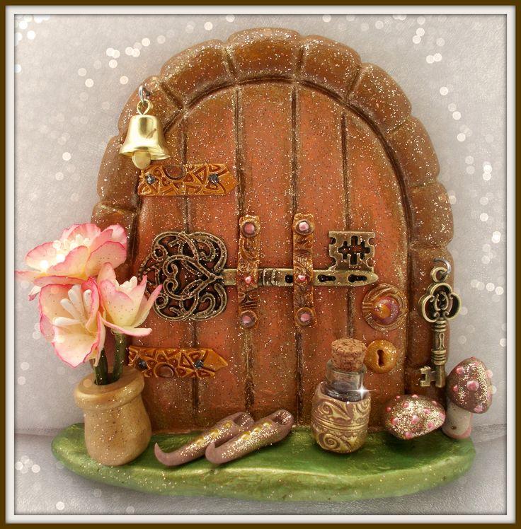 429 best fairy doors images on pinterest christmas fairy for Fairy doors images